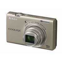 【クリックでお店のこの商品のページへ】Nikon COOLPIX S6200 (プラチナシルバー) 《送料無料》