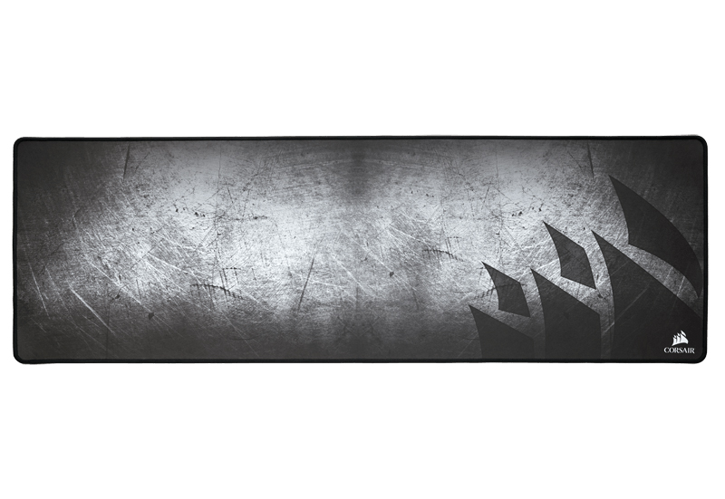 MM300 Anti-Fray Cloth Mouse Mat Extended Edition 前面
